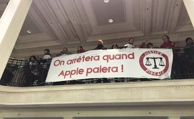 Apple Stores besættes af aktivister