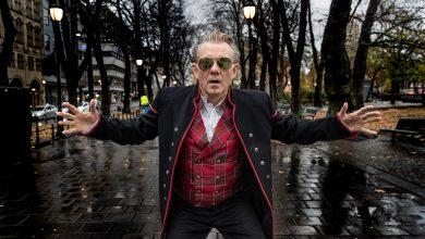 Photo of Viaplay er klar med ny serie med Casper Christensen i hovedrollen: Casper Erobrer Norge