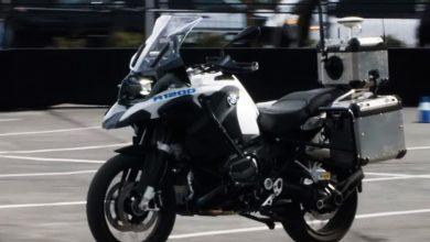 Photo of Se BMW's selvkørende motorcykel tage en runde på CES