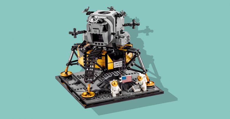 Photo of LEGO fejrer 50-året for månelandingen