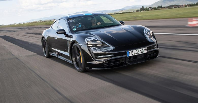 Photo of Porsches elbil slår rekord på Nürburgringen
