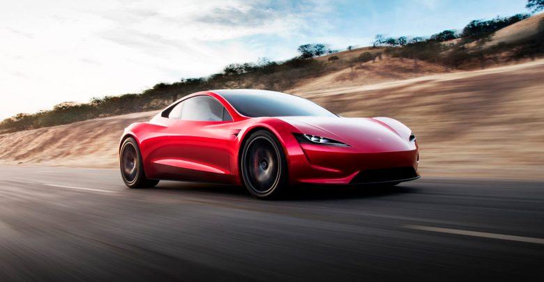 Photo of Tesla Roadster med tre motorer kommer i 2021