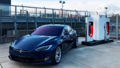 Photo of Tesla installerer Supercharger på Nürburgringen