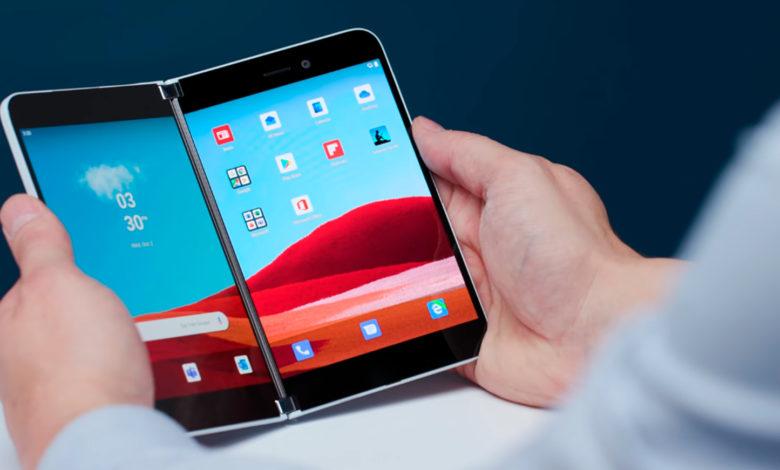 Photo of Første kig på Android på Microsoft Surface Duo