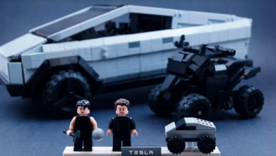 Photo of LEGO-model af Tesla Cybertruck i støbeskeen