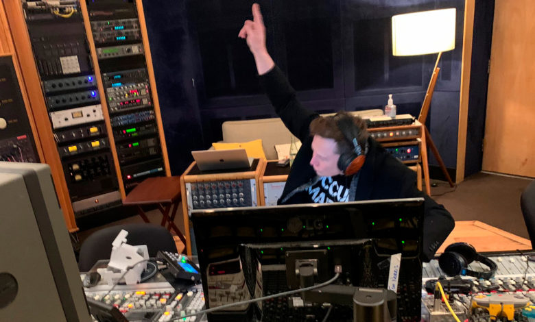Photo of Elon Musk giver den gas som techno-musiker
